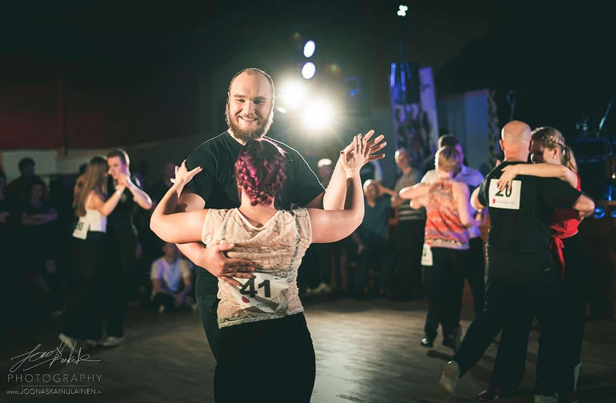 Jack & Jill -tanssikilpailu Valasrannan Tanssileirillä 23.7.2019