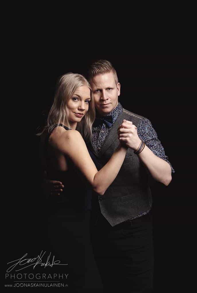 Joonas Kainulainen ja Alina Mustamaa