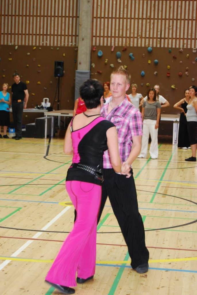 Joonas Kainulainen ja Sari Aaltonen Valasrannan tanssileirillä 2009